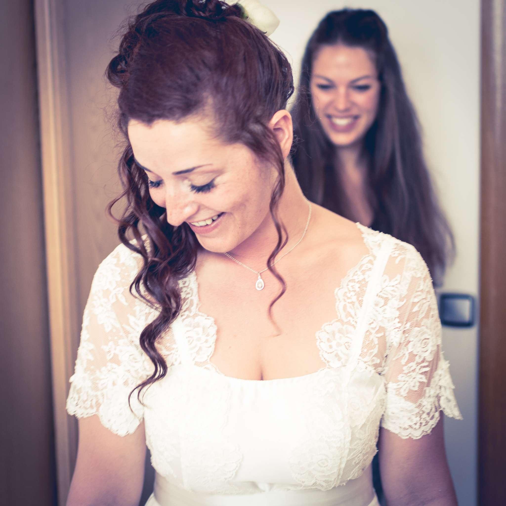 portrait Irène pendant les préparatifs de son mariage